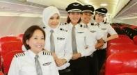 Noor-Hafizah-Mohd-Idrus-Pilot-wanita-AirAsia